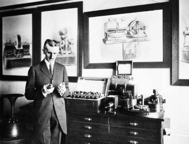 Никола Тесла - Изобретения и Открытия Радиосвязь