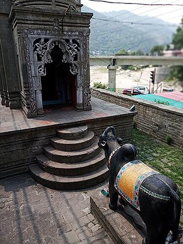 храм Манди Баба Бутнат Мандир