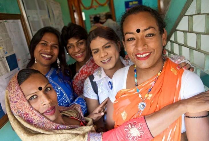 геи индостана