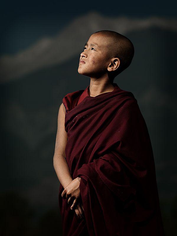 монах маленький