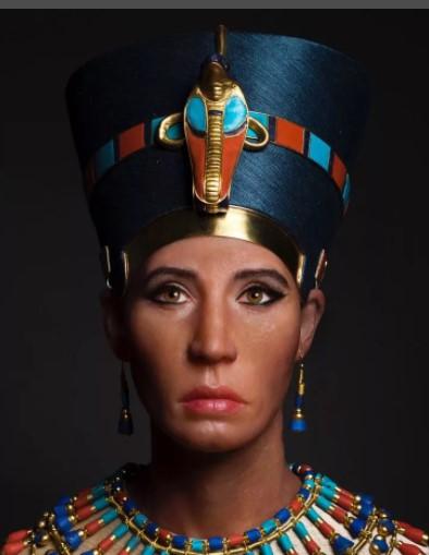 Красота Нефертити - удлиненная голова и тонкая шея
