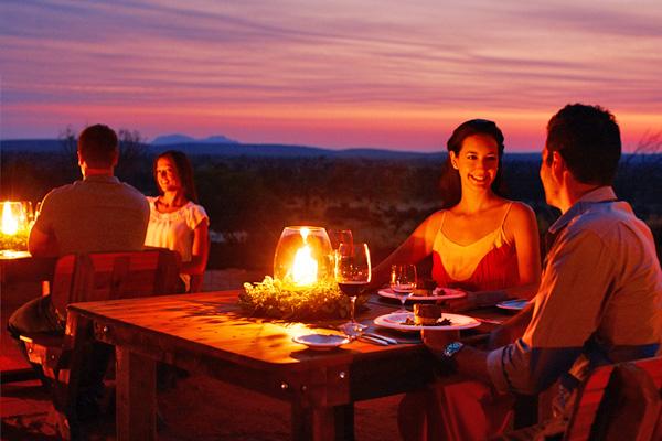 艾爾斯岩Table-131°星空晚宴