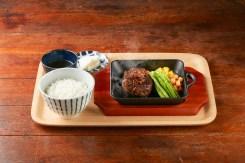 【高木食堂】和牛漢堡排附上越光米飯、漬物、茶漬湯S