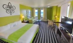 full_jr-suite-room_1458119918