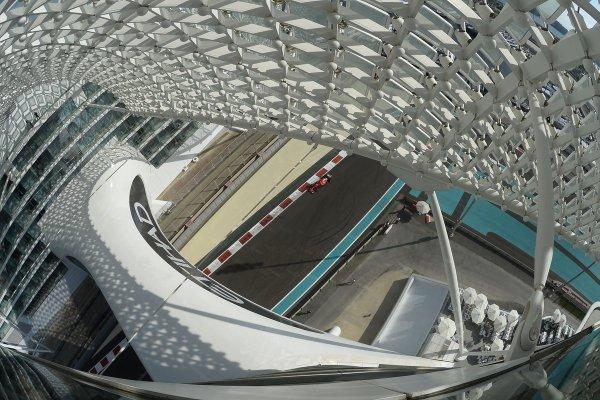 pic-9 / NINETH TEST WITH SCUDERIA FERRARI: Sebastian Vettel tests pirelli 2017 wider tyres at Yas Marina Circuit, Yas Island, Abu Dhabi, United Arab Emirates, THE WIDER TYRES FOR 2017 SEASON