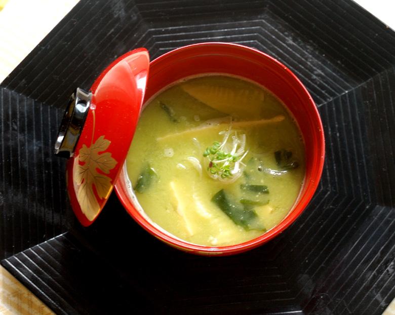 えんどう豆の若竹汁