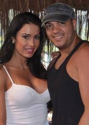 Justiça penhora bens de Belo e Gracyanne para pagamento de dívida