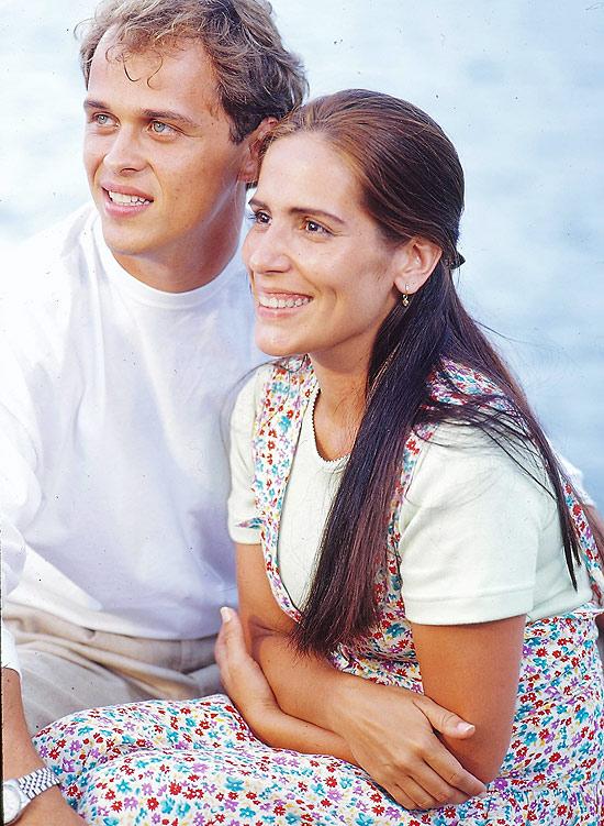 """Ruth (Gloria Pires) e Marcos (Guilherme Fontes) em cena de """"Mulheres de Areia"""""""