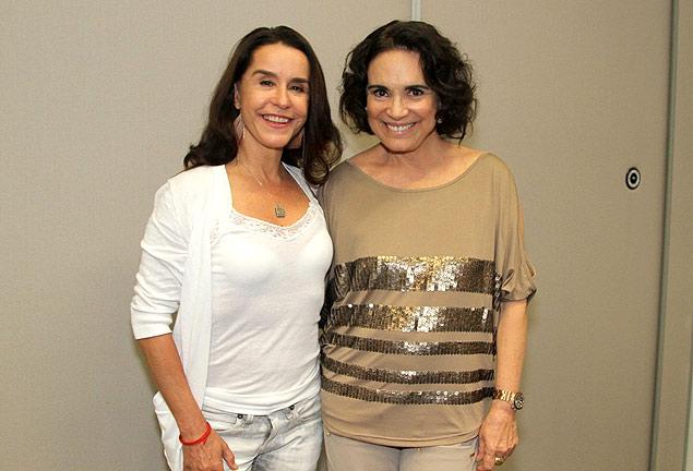 """Lucélia Santos e Regina Duarte posam durante coletiva de imprensa após gravação do """"Altas Horas"""""""