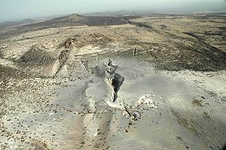 O buraco de 500 metros de comprimento que, segundo cientistas, foi aberto em apenas alguns dias em Afar, na Etiópia em 2005