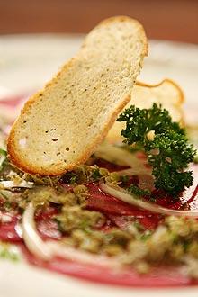 Carpaccio de beterraba, receita da chef de cozinha Renata Braune, do Chef Rouge