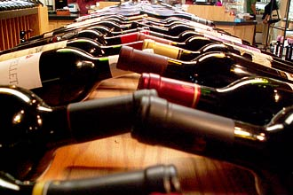 Eventos sobre vinho em diversas cidades brasileiras promovem degustações, palestras, venda, refeições harmonizadas e shows