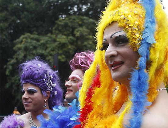 Drag Queen 'montada' para a festa