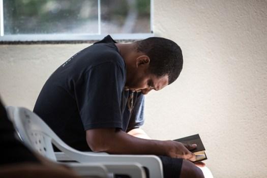O subtenente André Monteiro, 46, que se converteu depois de uma operação policial