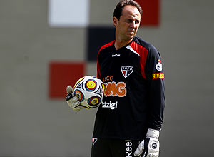 O goleiro Rogério Ceni durante treino do São Paulo