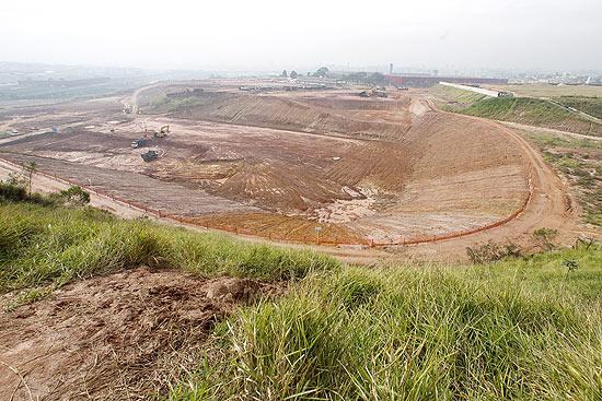 Terreno onde deve ser construído o estádio do Corinthians, na zona leste de São Paulo; clique na foto e veja galeria