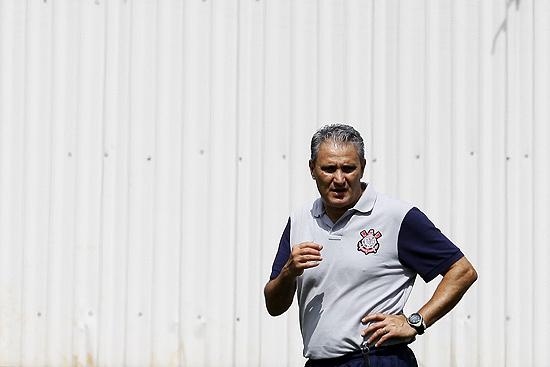 Tite espera por maturidade do Corinthians contra um adversário que não será ofensivo nem defensivo