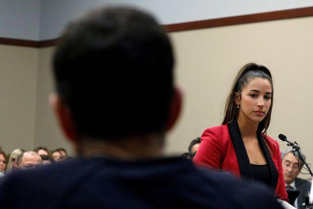 Aly Raisman discursa antes da sentença de Larry Nassar, acusado de abusar sexualmente dela