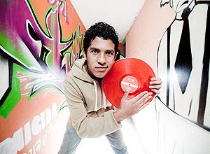 João Pedro, 14, frequentas as oficinas de DJ por hobby