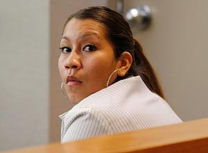 Elizabeth Escalona durante o julgamento. Ela foi condenada a 99 anos de prisão