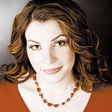 """Stephenie Meyer foi processada por plágio pelo escritor Jordan Scott, autor de """"The Nocturnal"""""""