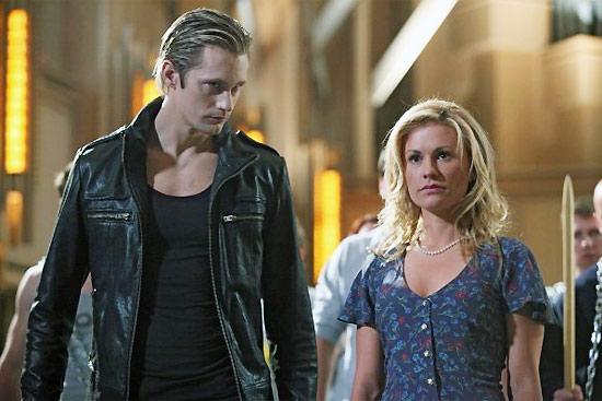 """Cena com protagonistas do seriado norte-americano """"True Blood""""; embora não faça sucesso na China, capítulos estão no Youku"""