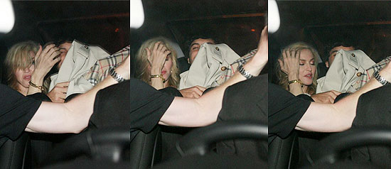 Madonna e Jesus Luz deixam restaurante japonês no bairro do Leblon, no Rio