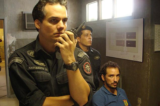"""O ator Wagner Moura, que volta a viver o Capitão Nascimento em """"Tropa de Elite 2""""; veja galeria de imagens do filme"""