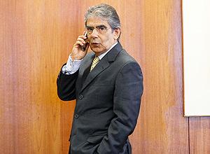 Presidente do Supremo Tribunal Federal, Ayres Britto, conversa com relator do processo do mensalão, Joaquim Barbosa