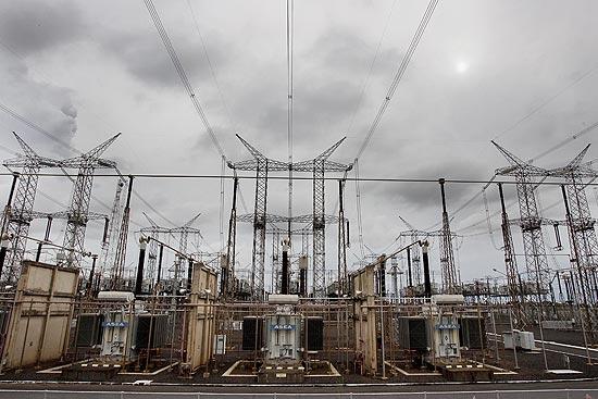Torres de energia de Furnas em Ivaiporã, no Paraná