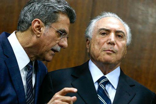 Senador Romero Jucá (esq.) e o presidente Michel Temer