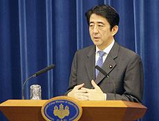 Primeiro Ministro japonês Shinzo Abe anuncia a sua renúncia, após quase um ano no cargo.