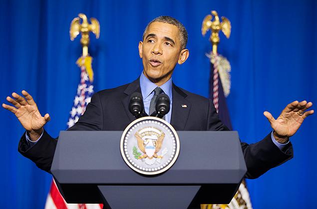 O presidente dos EUA, Barack Obama, concede entrevista após encontro paralelo à COP21