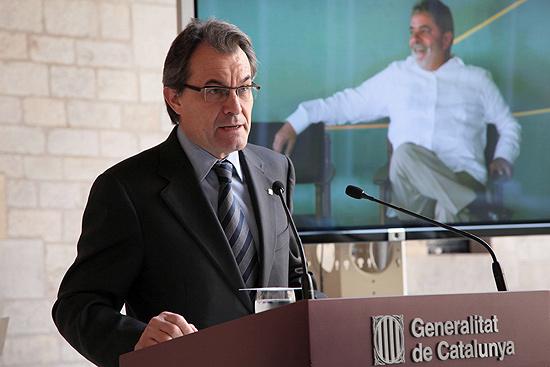 Presidente do Governo Autônomo da Catalunha, Artur Mas, anuncia Lula como vencedor do prêmio