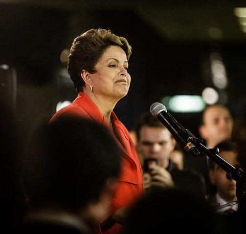 A presidente Dilma durante entrevista após debate do 2º turno promovido pela TV Globo