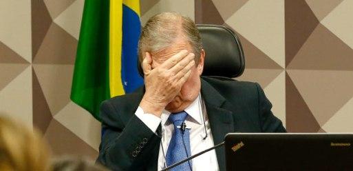 BRASILIA, DF, BRASIL, 30-05-2017, 10h00: Reunião da Comissão de Assuntos Econômicos do Senado (CAE) que se destina a discussão da Reforma Trabalhista. O senador Tasso Jereissati (PSDB-CE) preside a sessão e o relator da reforma é o senador Ricardo Ferraço (PSDB-ES). (Foto: Pedro Ladeira/Folhapress, PODER)