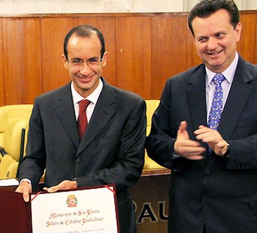 Marcelo Odebrecht recebe título de Cidadão Paulistano na Câmara de São Paulo em 2012, com o então prefeito Gilberto Kassab Foto: Câmara Municipal de São Paulo DIREITOS RESERVADOS. NÃO PUBLICAR SEM AUTORIZAÇÃO DO DETENTOR DOS DIREITOS AUTORAIS E DE IMAGEM
