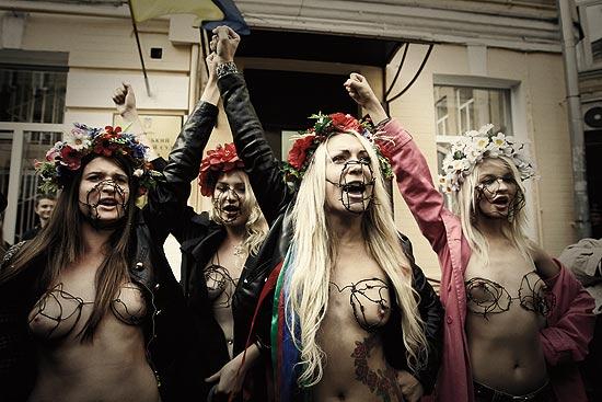 Grupo de ativistas ucranianas do Femen usa a nudez para lutar contra o turismo sexual no país
