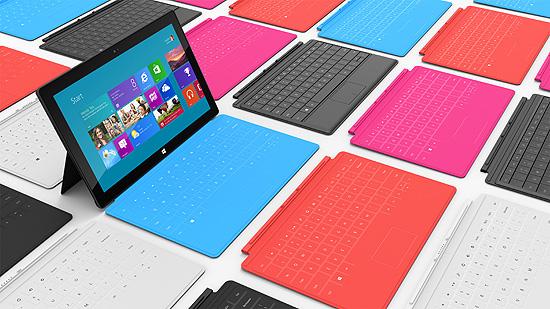 Surface e capas Touch Cover, de 3 mm de espessura; a Type Cover, de 5 mm, é mais próxima de teclados de PC