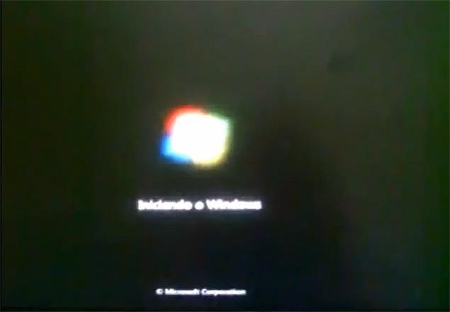 """Imagem de """"[usuário]"""":https://www.youtube.com/watch?v=jGYzSYqXD6E do YouTube que relata problema no Windows 7 após a instalação do pacote de atualização KB2823324"""