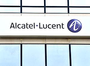 Fábrica da Alcatel-Lucent em Vélizy-Villacoublay, França