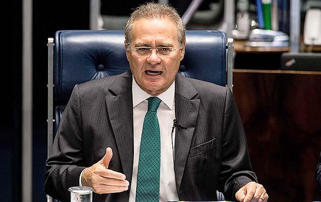 Renan Calheiros preside sessão do Senado para decidir sobre a admissibilidade do processo de impeachment da presidente Dilma