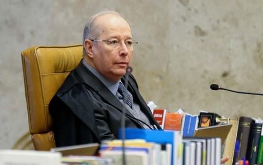 O ministro Celso de Mello em sessão do STF que julga pedido de liberdade do ex-deputado Eduardo Cunha, em Brasília