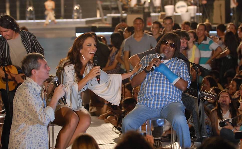 Ivete Sangalo se diverte com o cantor mineiro Milton Nascimento