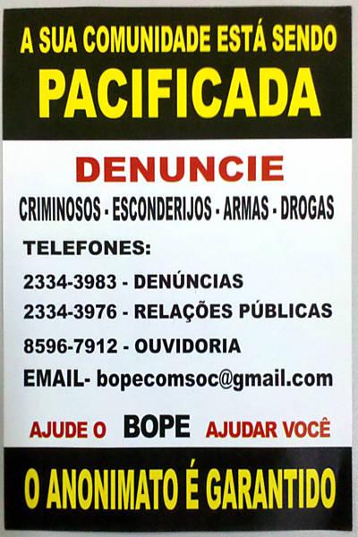 Bope distribui folheto nas comunidades da Rocinha, Vidigal e Chácara do Céu