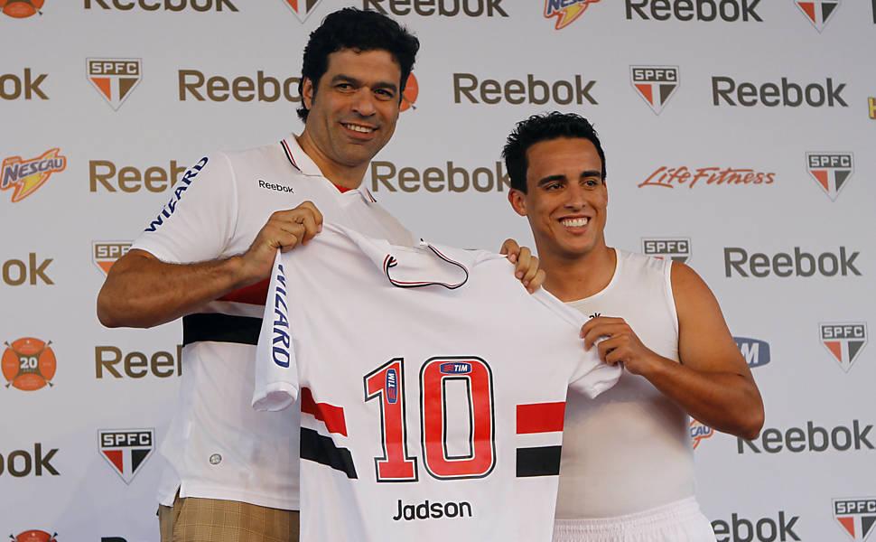 Raí dá a camisa 10 para Jadson, novo reforço do São Paulo Leia mais