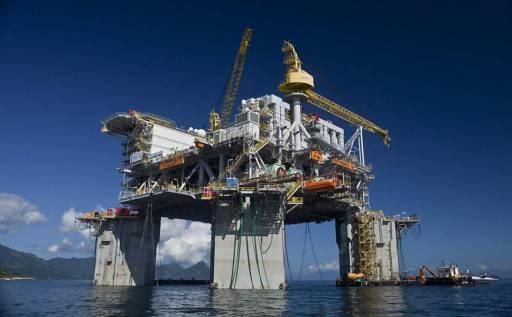 Resultado de imagem para Royalties do petróleo impulsionam aumento da arrecadação em abril