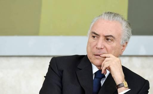 Resultado de imagem para Temer cede e deixa Congresso decidir corte de R$ 14 bilhões para meta fiscal
