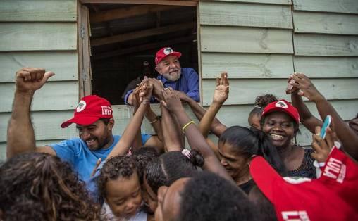 Resultado de imagem para Em Sergipe, Lula diz que 'talvez' tenha cometido erros no governo