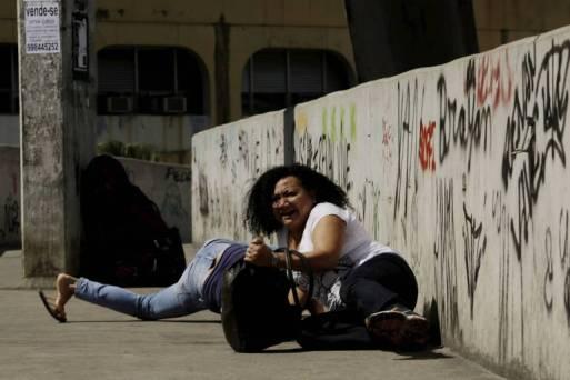 Resultado de imagem para Maia aposta em pacote de segurança coordenado por ministro do STF